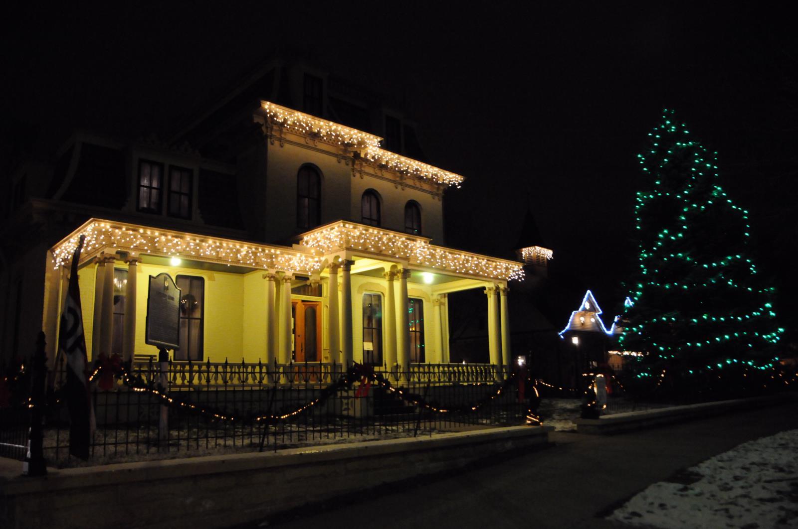 christmas at hubbard house_jack madsen good thunder mn